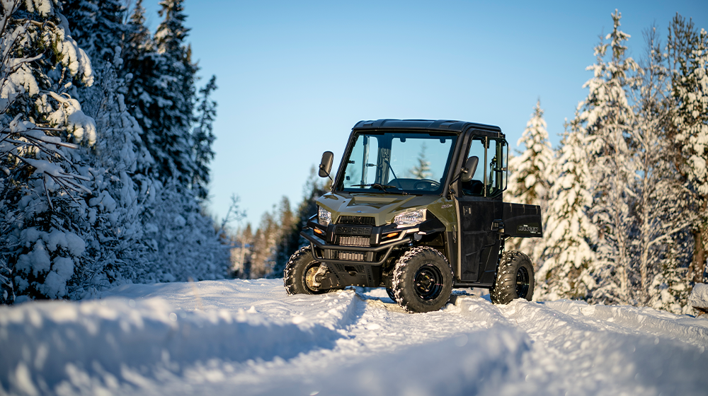 Discover winter fun with Polaris Ranger 570